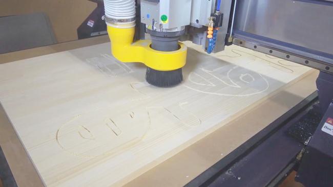 彫刻マシン