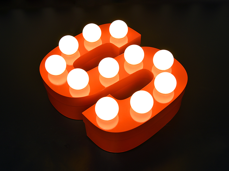 LEDチャンネル文字ストレート